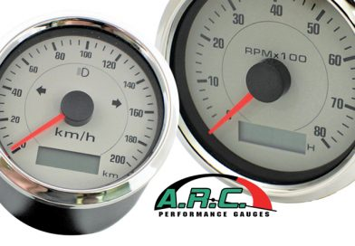 COOL GAUGES FOR COOL CARS AT AUSTRALIAN ROD AND CUSTOM